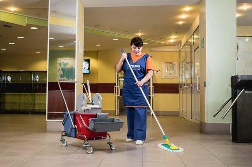 Как проводится ежедневная уборка в ДОУ?