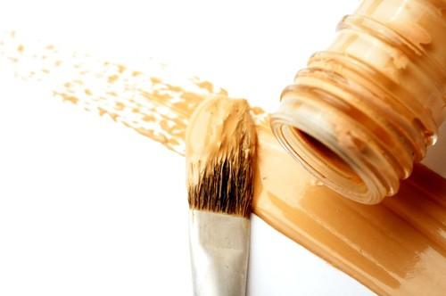 Практичные и эффективные способы как избавиться от пятен тонального крема в домашних условиях