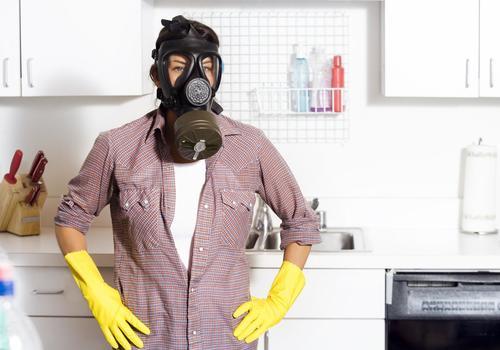 Как убрать запах гари в квартире?