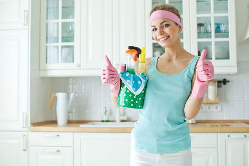 Особенности и методы быстрой уборки в квартире