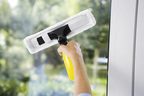 Мытье окон — сверкающая чистота
