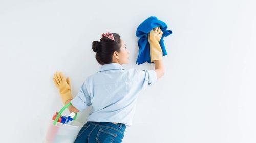 Как помыть обои на кухне – эффективные способы