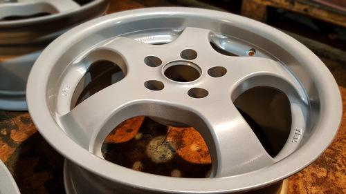 Места и способы хранения дисков вместе и отдельно от шин