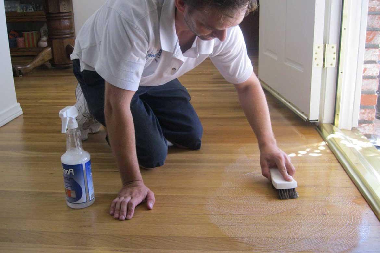 Отмыть пол после ремонта