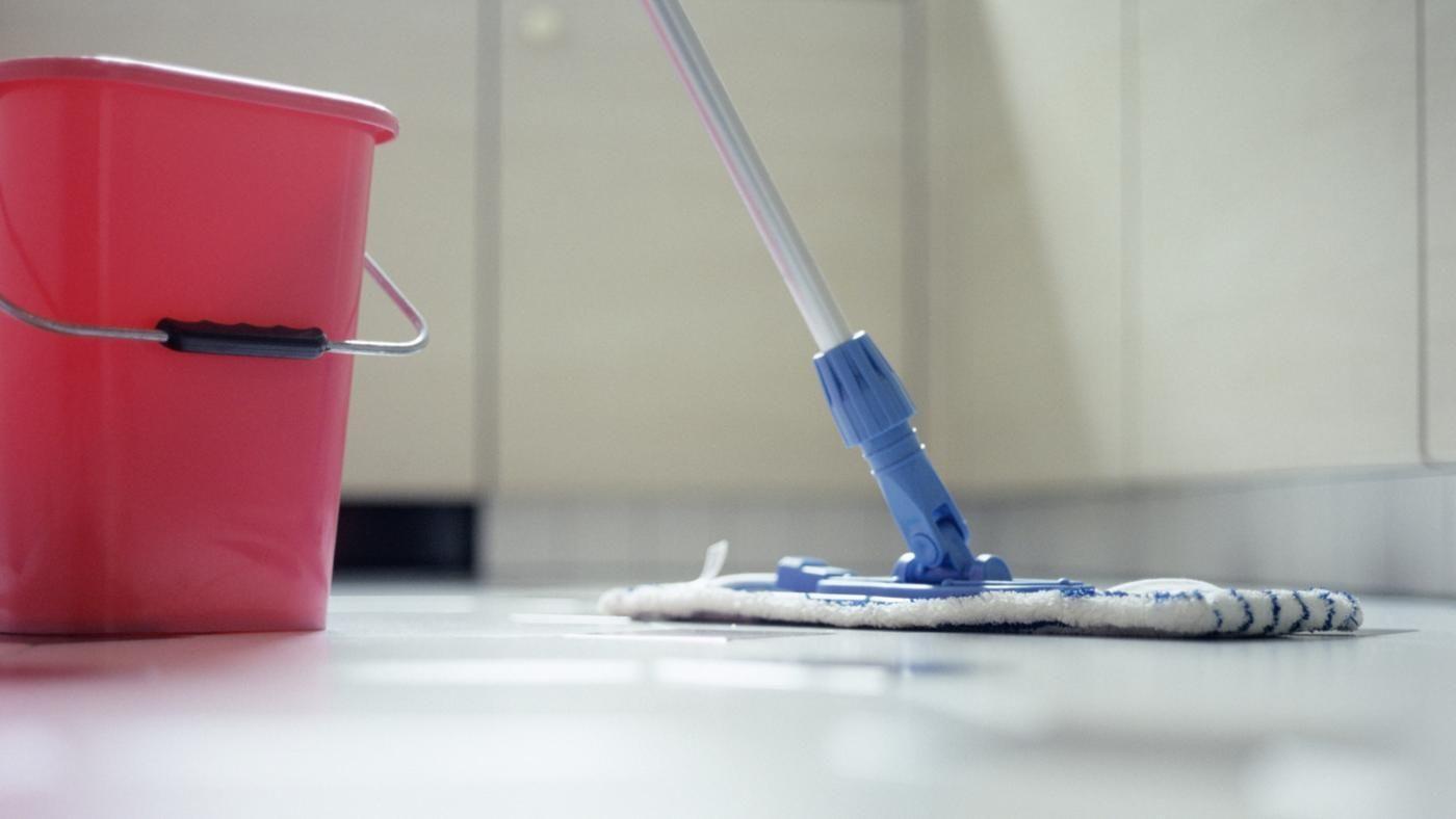 Чем можно отмыть зеленку с линолеума