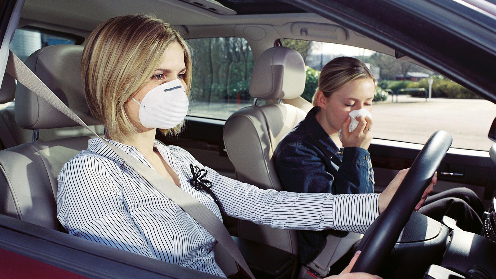 Устранить неприятный запахов в автомобиле
