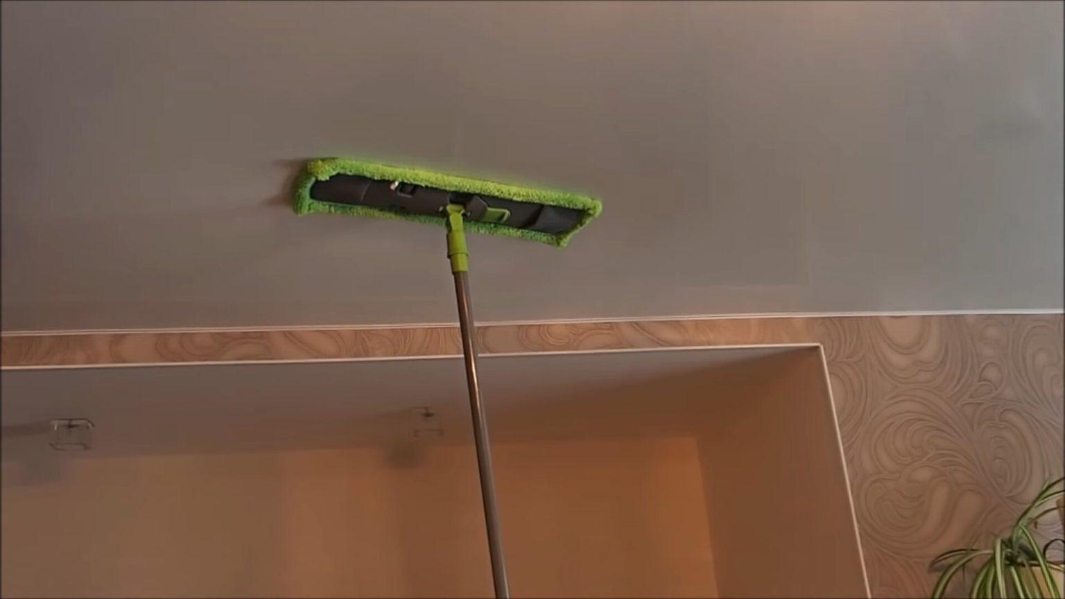 Как помыть натяжной потолок на кухне