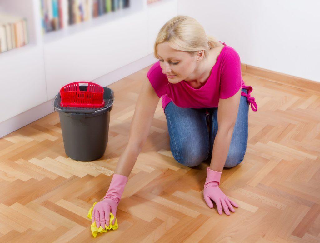 Как быстро вымыть пол