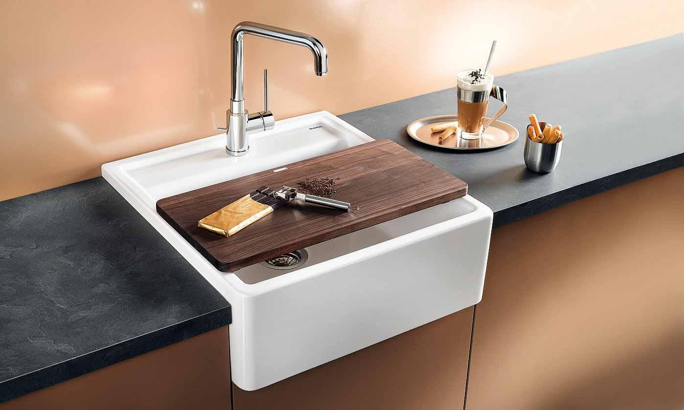 Чем чистить керамическую раковину на кухне