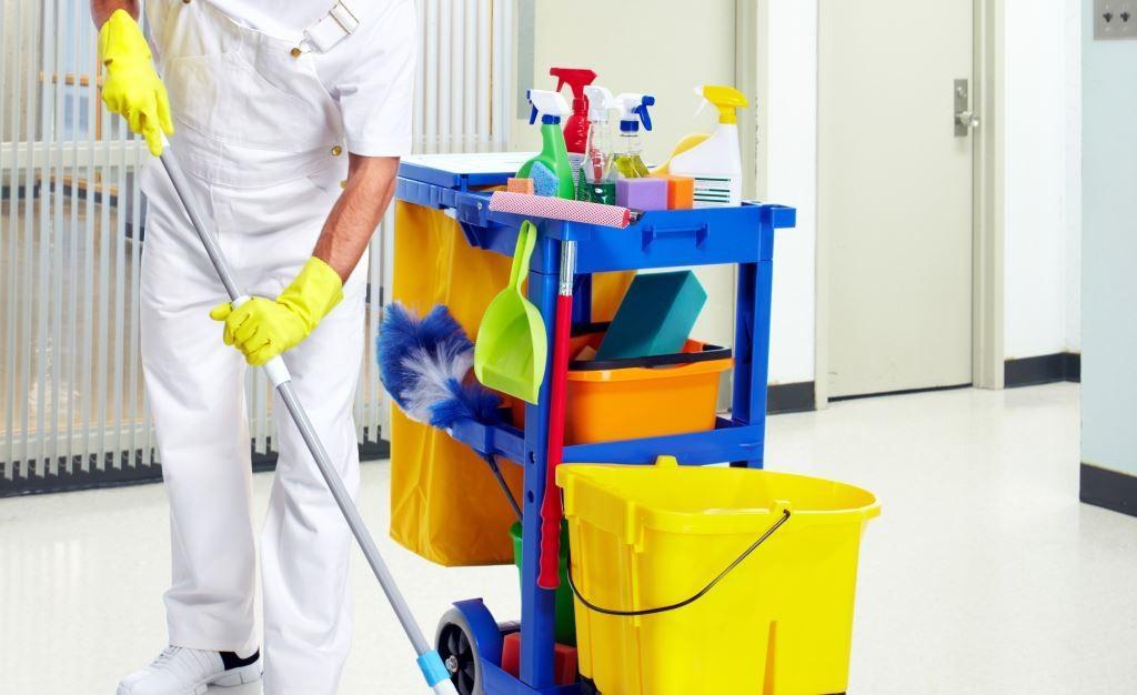 Генеральная уборка в медицинском учреждении