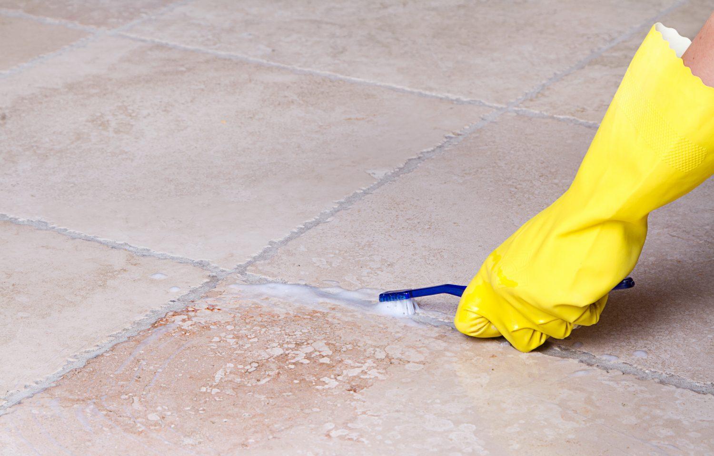 Отмыть плитку после ремонта