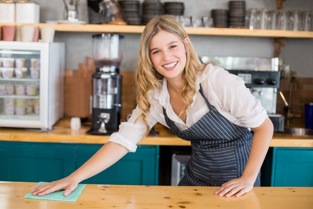 Убрать кухню