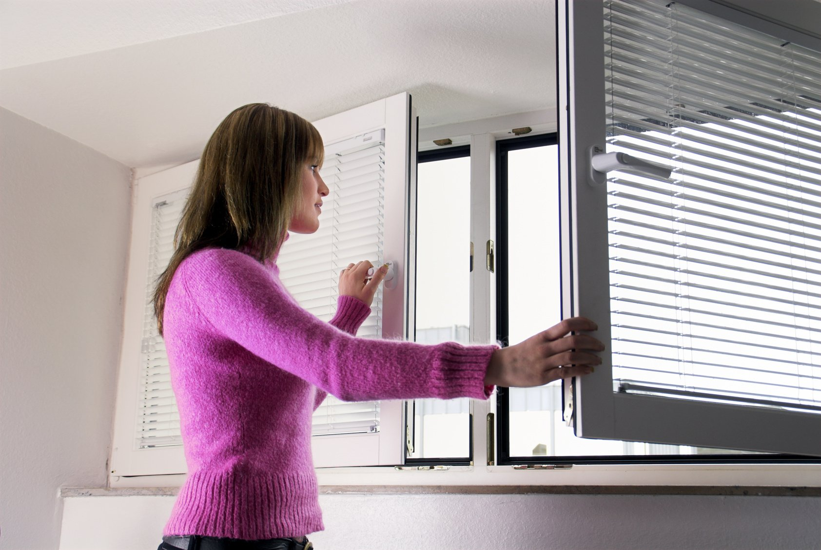 Убрать затхлый запах в квартире