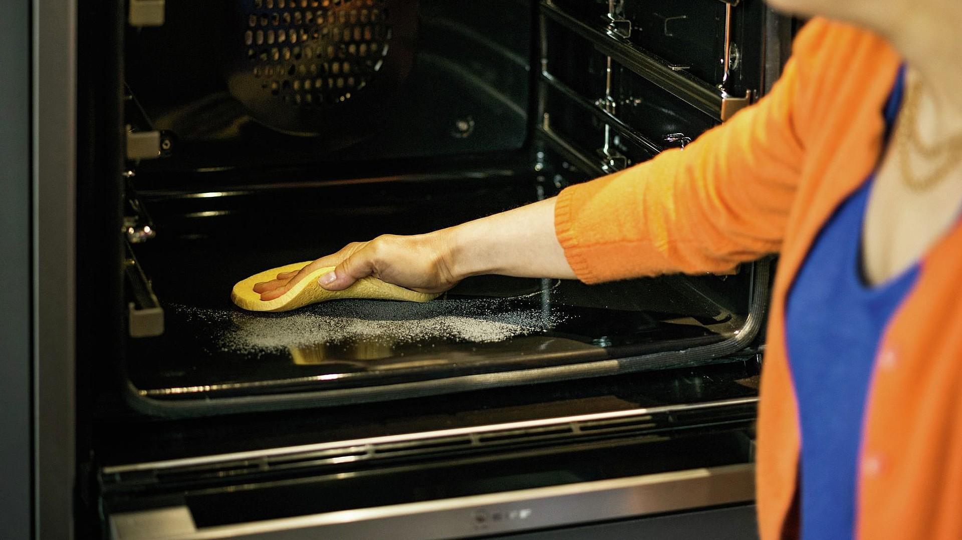 Отмыть старую духовку