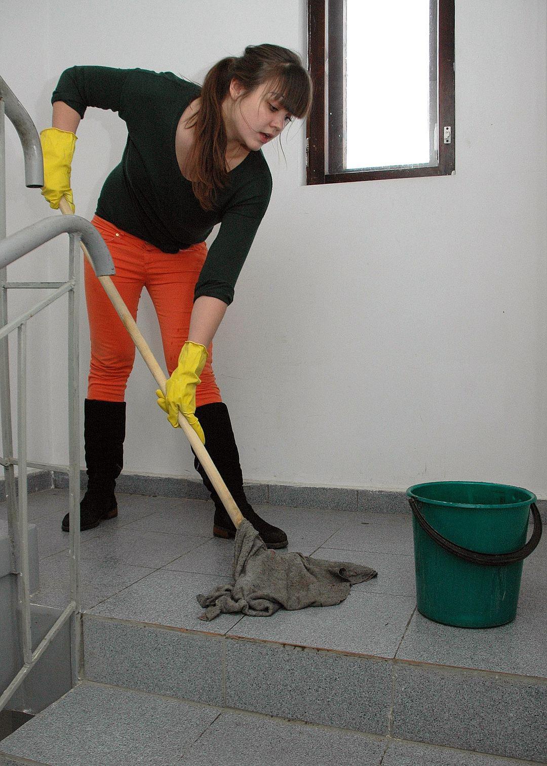 Регламент уборки подъездов жилых домов