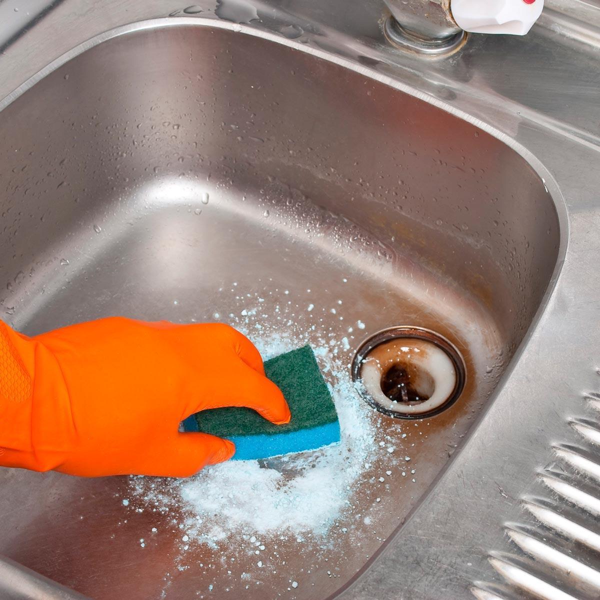 Как почистить раковину на кухне