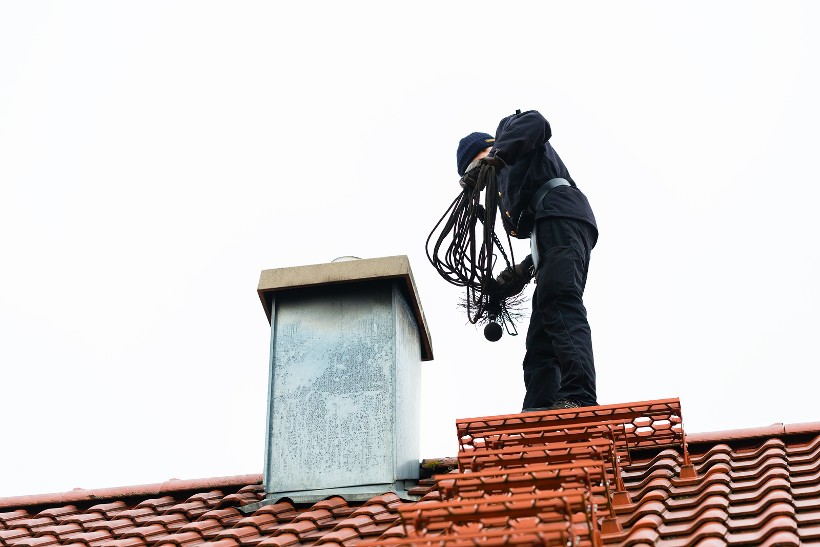 Как чистят вентиляцию в многоквартирном доме