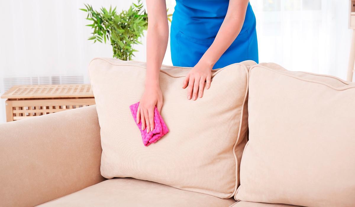 Помыть мягкую мебель в домашних условиях