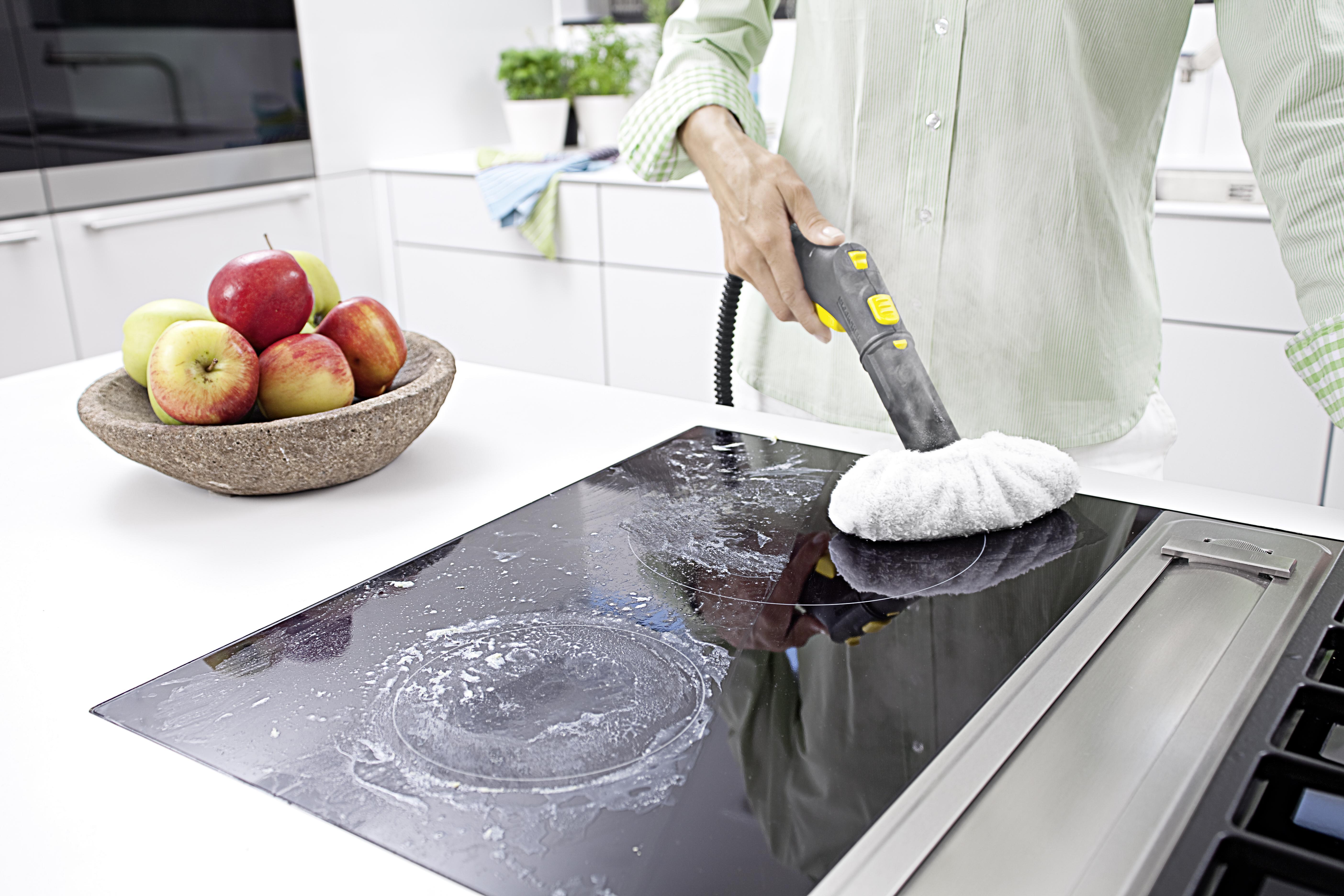Отмыть стены на кухне от жира