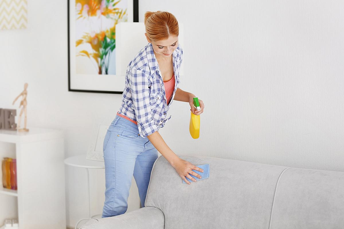 Почистить мягкую мебель с тканевой обивкой