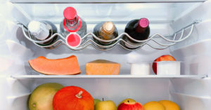 Вино в холодильнике